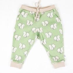Petit pantalon écureuils, mignon et écolo pour un bébé nature, taille 6 mois.
