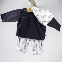 Création originale pour cette blouse en  coton doux bio spécial bébé