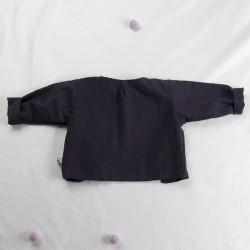 Veste bébé de dos en chambray bio  avec pli d'aisance