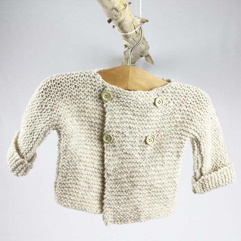 idée de cadeau naissance veste en laine tricotée bio