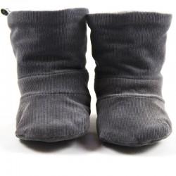 Création originale pour ces bottes en velours de coton gris tout doux bio spécial bébé