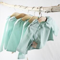 Hauts bébés création couture en tissu certifié bio de fabrication artisanale.