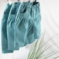 Tissu biologique pour fabriquer ce petit pantalon résistant de façon artisanale