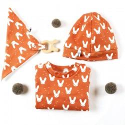 Un cadeau de naissance unique motifs lapins en coton bio, la mode au naturel!