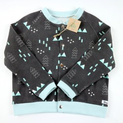 Idée cadeau de naissance pour cette veste noire style montagne bio et écolo