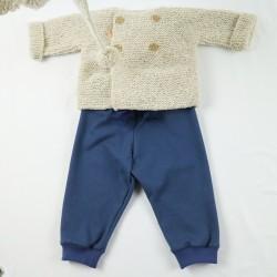 Tenue mode sportwear pour bébé fille, une création Bambio.