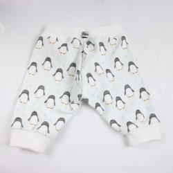 Pantalon bébé pingouins vu de dos, collection Bambio.