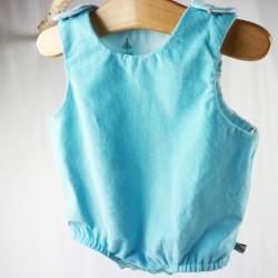 Vêtement petit enfant barboteuse velours bleu coton organic.