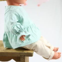 Tunique bébé création couture  en lange menthe certifié GOTS de fabrication artisanale et soignée.