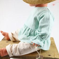 Tissu biologique lange GOTS pour fabriquer cette blouse menthe façon artisanale.