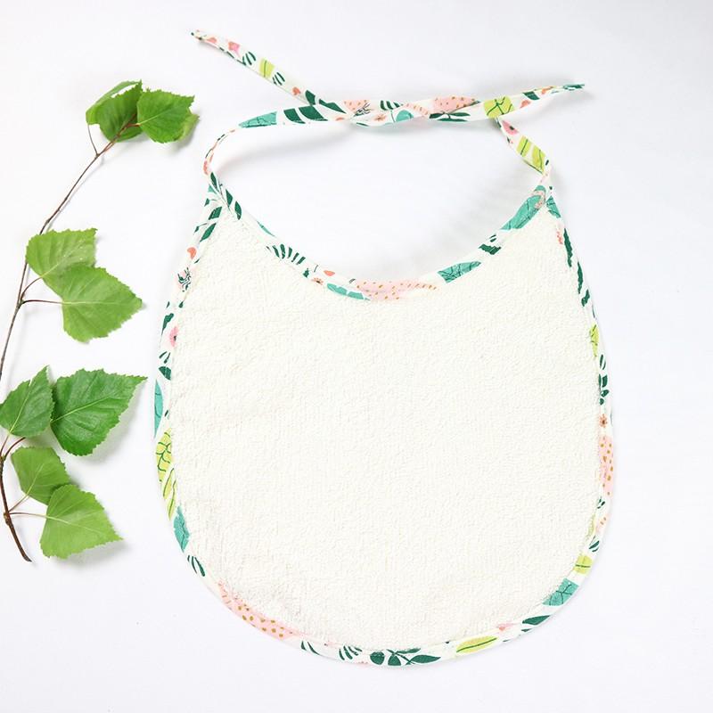 Bavoir en bambou écologique et résistant, idée cadeau de naissance, thème Jungle.