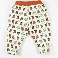 Le pantalon bébé en sweat de coton organique vu de dos, motifs rigolos, création française.