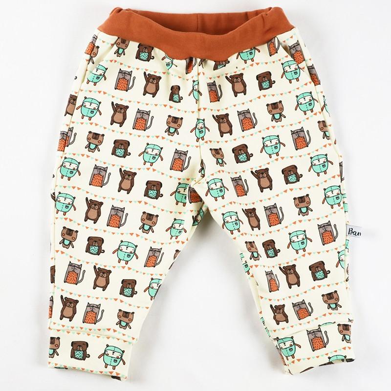 Pantalon bébé en sweat de coton biologique, un cadeau de naissance original et unique.
