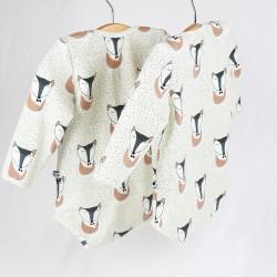 Sous-vêtement bébé, le body création couture fabrication artisanale France thème renards dormants.