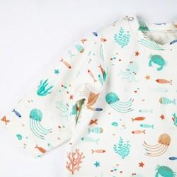 Tee-shirt Océan, une idée cadeau de naissance éco-friendly en jersey organique.