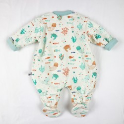 Pyjama naissance très doux vue dos océan fabrication artisanale France.
