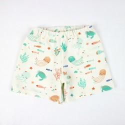 Short océan en matières organiques, vêtement d'été.