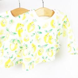 Tee-shirt citrons à manches longues et col rond en jersey organique, la mode naturellement.
