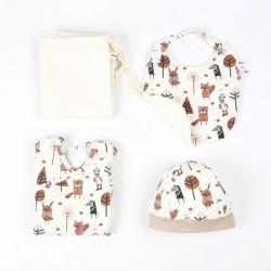 Coffret de naissance bio Petit Gang, idée cadeau 3 pièces dans un emballage réutilisable.